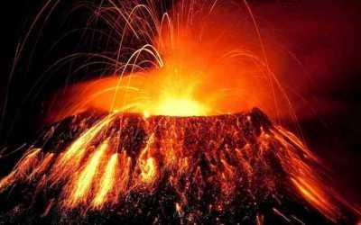 Το ηφαίστειο Όρος Οντάκε στην Ιαπωνία προκαλεί τρόμο