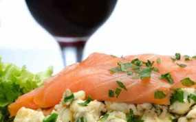 Ο συνδυασμός κρασιού και ψαριού που σπάει όλες τις συμβάσεις