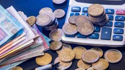Ξεκινά ο φορολογικός Γολγοθάς: Ποιοι θα πληρώνουν φόρους κάθε μήνα για τους επόμενους μήνες